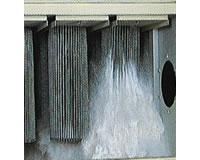 パルスジェット集塵機:BPシリーズ(パルスにより粉塵を払い落とした様子)