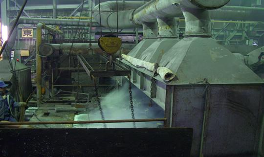 亜鉛めっき槽のフードの施工例