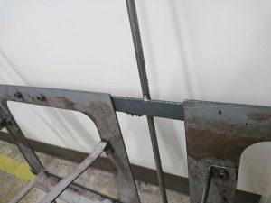 塗装の治具に付着する塗料の剥離の問題解決
